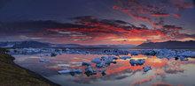 Jokulsarlon,Iceland,Jokulsarlon Iceland,lagoon,glacier,sunset,icebergs,