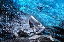 Iceland,Svínafellsjökull,Svínafellsjökull glacier,blue,cave,ceiling,clear,crystal,glacial,glacier,ice,ice cave,icecave,melting,otherworldly,winter,,Svínafellsjökull,Svínafellsj