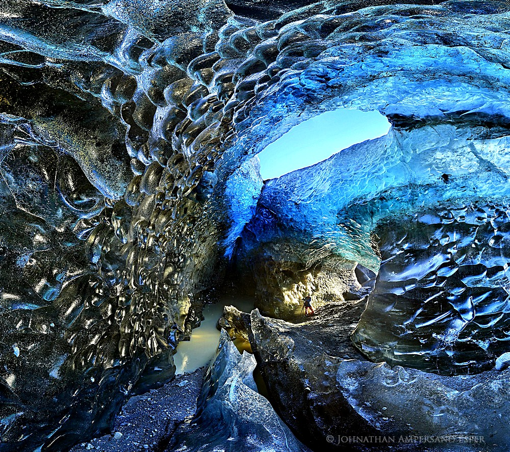Iceland,glacier,blue,cave,ceiling,clear,crystal,eco-tourism,glacial,glacier,ice,ice cave,icecave,melting,otherworldly,photographer,photographing,winter, photo