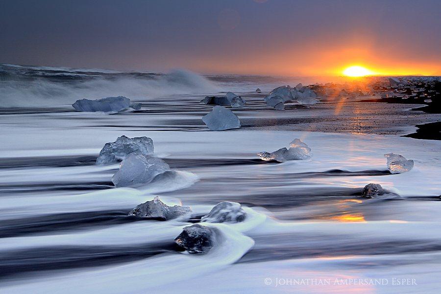 Breiðarmerkursandur,Breiðarmerkursandur beach,Iceland,Jokulsarlon,Jökulsárlón,black sand,floating,glacier,glacier lagoon,ice chunk,iceberg,ocean,outlet,receding,storm,sunset,, photo